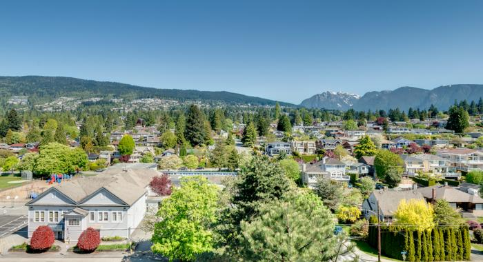#905 - 555 13th Street, Ambleside, West Vancouver