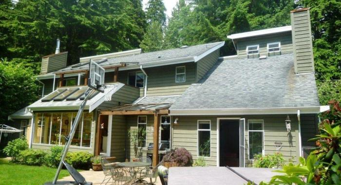 4545 Raeburn Street, Deep Cove, North Vancouver