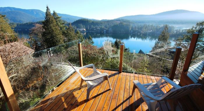 1672 Roxbury Place, Deep Cove, North Vancouver