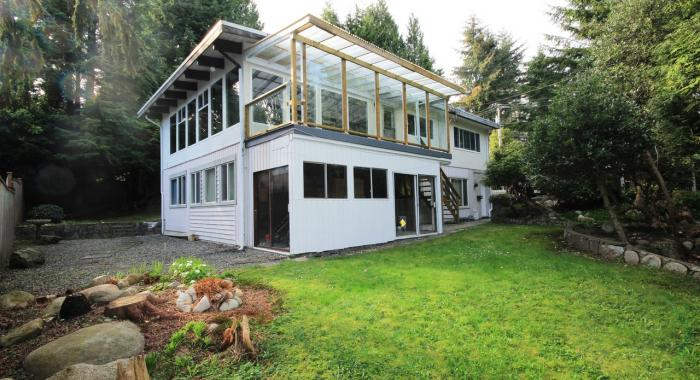 1285 E. 18th Street, Westlynn, North Vancouver
