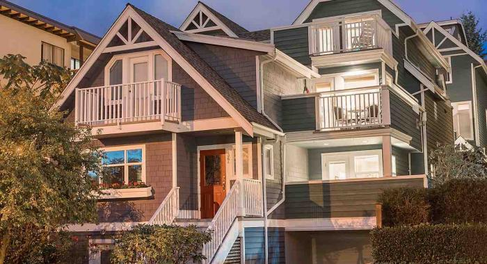 B - 136 W 4th Street, Lower Lonsdale, North Vancouver